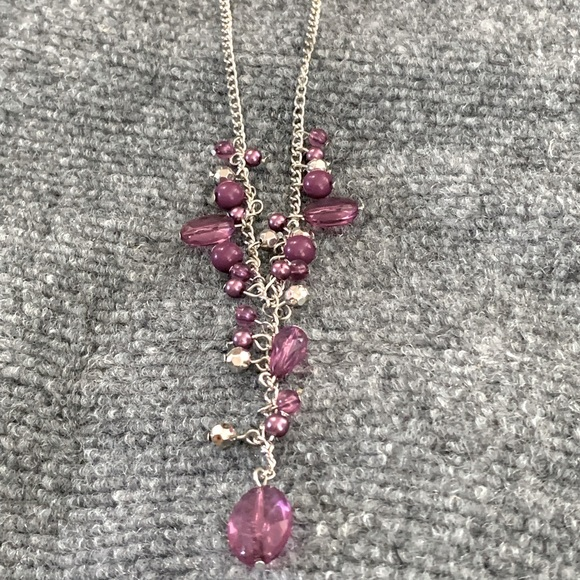 Medium purple paparazzi necklace and earrings